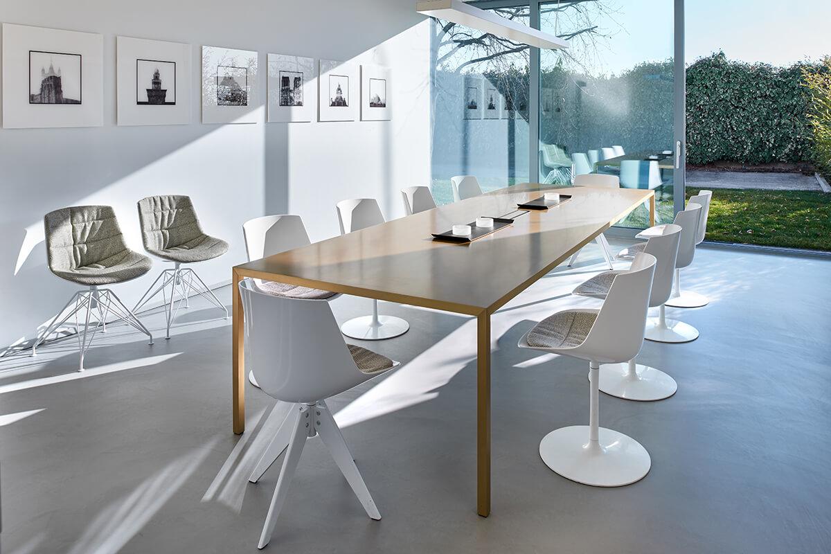 Nuovi uffici per la sede mdf italia officebit arredi e for Mobili mdf
