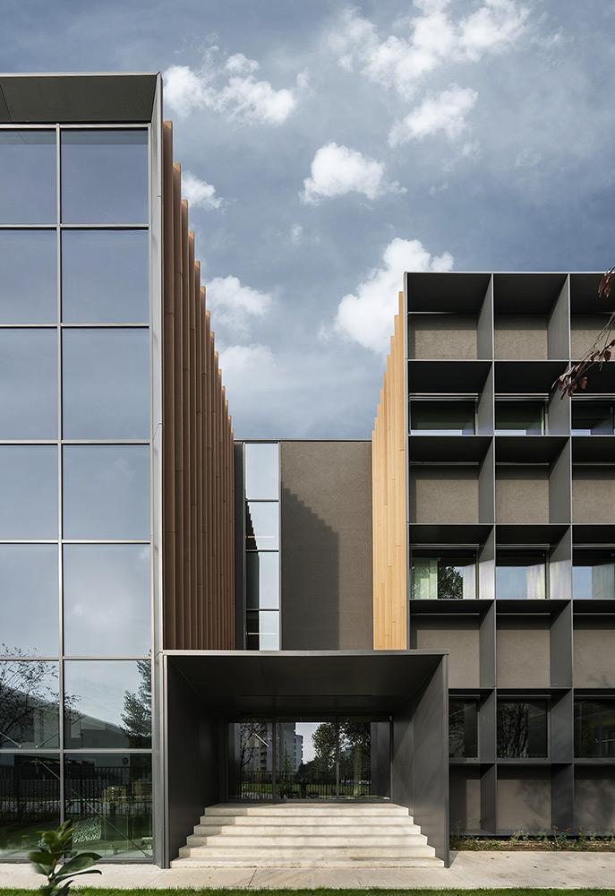 L'ingresso dei nuovi uffici Progetto CMR