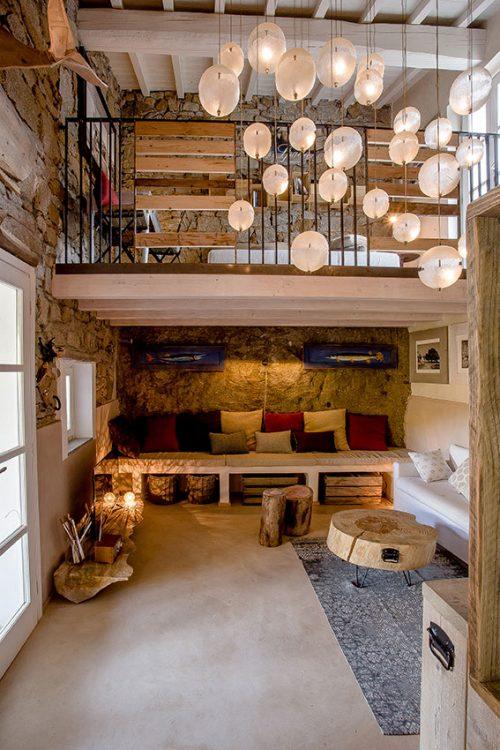 Illuminazione casa rustica